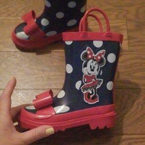 Minnie mouse rain boots